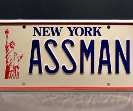 seinfeld-kramer-ass-man-license-plate-640x533